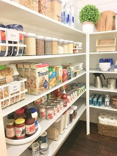 Pantry Organization Creating zones helps your pantry stay organized! - Own Kitchen Pantry Pantry Shelving, Pantry Storage, Kitchen Storage, Shelving Ideas, Pantry Baskets, Kitchen Drawers, Diy Storage, Storage Ideas, Kitchen Pantry Design