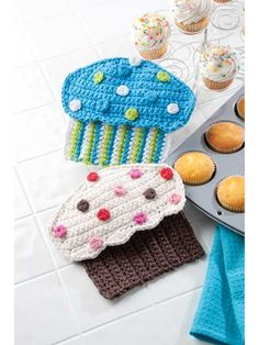 Crazy for Cupcakes free crochet cupcake potholder pattern
