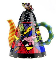Butterfly Teapot - Romero Britto- he also makes amazing mugs!!