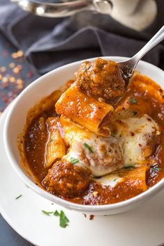 Rigatoni Meatball Soup - Rich and hearty, this comforting soup is a fun take on one of our favorite pasta dishes, complete with creamy mozzarella cheese. Italian Recipes, Crockpot Recipes, Soup Recipes, Dinner Recipes, Cooking Recipes, Healthy Recipes, Healthy Food, Healthy Meals, Barbecue Recipes