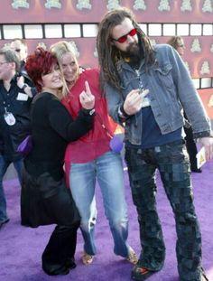 Sharon Osbourne, Rob Zombie, and Sherri Moon Zombie Rob Zombie Film, Zombie Movies, Sharon Osbourne, Ozzy Osbourne, Music Love, Good Music, Sherri Moon Zombie, White Zombie, Heavy Metal Bands