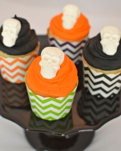 Chevron Skull Buttercream Cupcakes