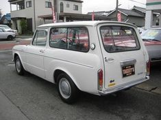 1968 TOYOTA PUBLICA VAN Maintenance of old vehicles: the material for new cogs/casters/gears could be cast polyamide which I (Cast polyamide) can produce Toyota 2000gt, Toyota Corolla, Chrysler Airflow, Corolla Hatchback, Automobile, Japanese Domestic Market, Best Muscle Cars, Japanese Cars, Station Wagon
