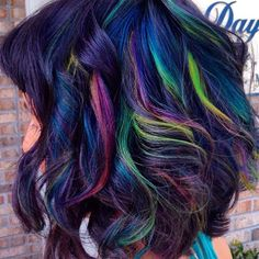 Oil Slick Hair Color for Brunettes. Really would love to do this – Hair Color Hair Color Purple, Hair Color And Cut, Cool Hair Color, Hair Colors, Love Hair, Gorgeous Hair, Oil Slick Hair Color, Underlights Hair, Galaxy Hair