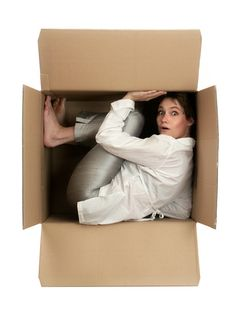It provides plastic boxes and is fully insured GTA Office Movers. Toronto Office Movers' will guide you through the process to ensure a cost effective Toronto corporate relocation. Moving Expenses, Moving Costs, Moving Tips, Moving Quotes, Eft Training, Cross Country Movers, Moving Across Country, E Motion, Packers And Movers