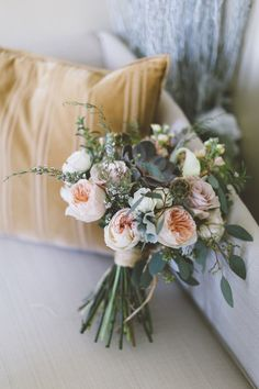 Peach Rustic Bouquet | photography by http://sincereli.com/