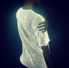 Futuristic t-shirt from dion_lee_> Direct light (like the flash from your camera) causes the light-reflective micro-glass particles in the shirt to glow. Smart Textiles, E Textiles, Dion Lee, Wearable Technology, Knit Shirt, Dress To Impress, Knitwear, My Style, How To Wear