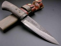 Japanese style knife Takeshi Saji bamboo leaf (double-edged blade)