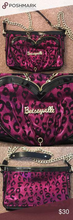 Betseyville by betsey Johnson shimmer cross body Betseyville by betsey Johnson shimmer cross body Betsey Johnson Bags Crossbody Bags