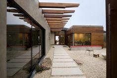 A modern twist on Japanese zen for Californian home | Designhunter - Australia's best architecture & design blog