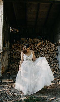 Wedding Photography, Weddings, Wedding Dresses, Fashion, Bride Dresses, Moda, Bridal Gowns, Fashion Styles, Wedding