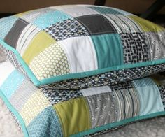 quilted pillow Love this .. I've been looking for a simple sewing project to use some new fabric I recently purchased!!! :o)