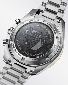 Full details and images of the Omega Speedmaster Professional Moonwatch Apollo 11 50 Anniversary Stainless Steel / Moonshine Gold Omega Speedmaster Moonwatch, Rolex, Sport Chic, Best Watches For Men, Cool Watches, Bulova, Apollo 11 Mission, Festina, Speedmaster Professional