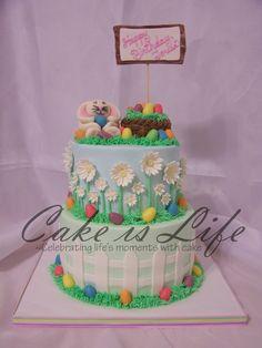 Such a cute Easter cake!!u
