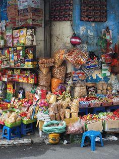 Le quartier d'Hoan Kiem, cœur historique de la ville, est le point de départ…