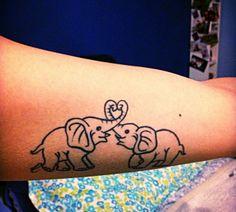 """giuliabuanne  #casttattoo  In redazione stanno arrivando tantissime foto di tatuaggi con storie bellissime.  Grazie a tutti e continuate così!  Ecco il tatuaggio di Giulia.  """" Questi due elefanti rappresentano me e la mia migliore amica: ho scelto l'elefante perché, nonostante la sua mole, viene ricordato per la sua calma e non per la sua aggressività. Inoltre è disposto a dare la vita per i suoi cari. """"  http://tattoo.codcast.it/"""