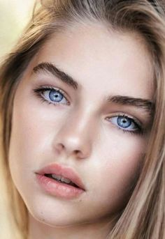 Beautiful eyes and face of pretty girl Beautiful Girl Image, Most Beautiful Faces, Gorgeous Eyes, Beautiful Face Women, Beautiful Women Tumblr, Girl Face, Woman Face, Beauté Blonde, Jade Weber