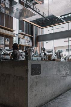 Coffee Cafe Interior, Coffee Shop Interior Design, Coffee Design, Industrial Coffee Shop, Industrial Cafe, Cafe Shop Design, Store Design, Cafe Concept, Coffee Shop Bar