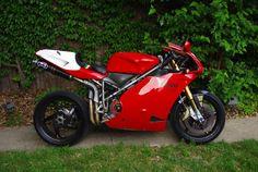 Very trick 996/8R (ducati 996..)