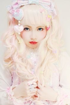 via http://strawberryskies.tumblr.com/ ♥ ロリータ, sweet lolita, fairy kei, decora, lolita, loli, gothic lolita, pastel goth, kawaii, fashion, victorian, rococo ♥