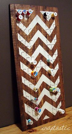 A DIY thread holder that doubles as a rustic/modern piece of art with chevron detail. Perfect for a craft or sewing room. Space Crafts, Home Crafts, Diy Crafts, My Sewing Room, Sewing Rooms, Sewing Spaces, Sewing Crafts, Sewing Projects, Diy Projects