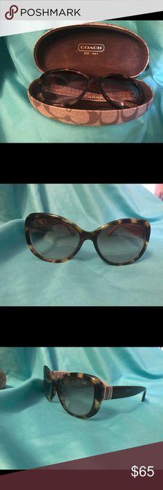 Coach  SPOTTY TORTOISE sunglasses SPOTTY TORTOISE sunglasses coach with case no scratches Coach Accessories Sunglasses