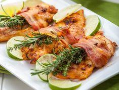 Egy finom Pácolt csirkemellfilé baconben sütve ebédre vagy vacsorára? Pácolt csirkemellfilé baconben sütve Receptek a Mindmegette.hu Recept gyűjteményében!