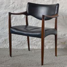 Design intemporel pour ces tr s jolis fauteuils conf rence for Mobilia anos 60