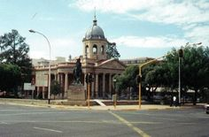 Bloemfontein Court South Africa Holidays, Free State, Vacation Packages, Weekend Getaways, Best Hotels, Trip Advisor, Beautiful Places, Street View, African