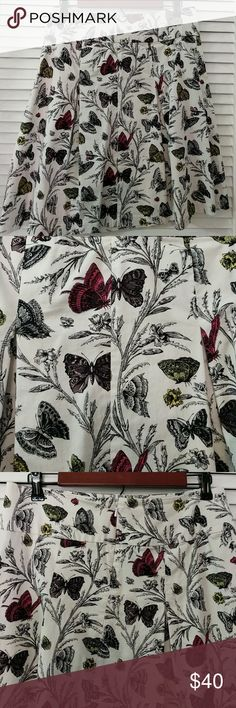 """🎉🎉Host Pick 🎉🎉 Pleated Butterfly Skirt This is a gorgeous skirt by Talbot's 16"""" Waist 21"""" Length This zips up on the side with a clasp. Material is a cotton Spandex blend with some stretch Excellent condition, minimal wear, like new Talbots Skirts"""