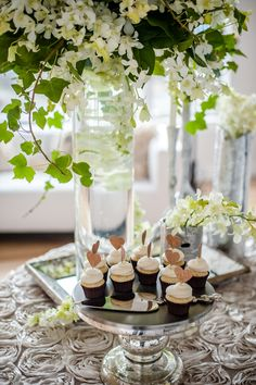 cupcakes, gold glitter toppers, dessert table, wedding decore