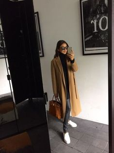 Casual Fall, Casual Chic, Hair Fair, Simple Style, My Style, Long Black Hair, Japanese Fashion, Street Style Women, Winter Outfits