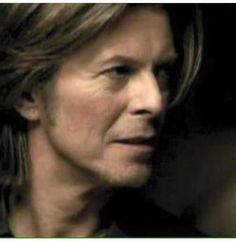 (16) ハッシュタグ #BowieForever