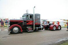 big rig show truck peterbilt MEMEs Show Trucks, Mack Trucks, Big Rig Trucks, Peterbilt 359, Peterbilt Trucks, Dually Trucks, Pickup Trucks, Custom Big Rigs, Custom Trucks