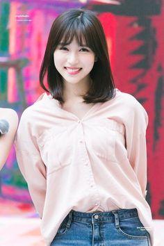 twice ♡ mina Nayeon, Kpop Girl Groups, Korean Girl Groups, Kpop Girls, Sana Momo, Twice Kpop, Myoui Mina, Asian Beauty, Asian Girl
