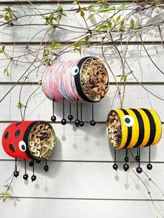 Bunte Nisthilfen: Wir bauen Insekten-Dosen - [GEOLINO] The marketplace for Asian fashionable skill has developed Diy Home Crafts, Garden Crafts, Garden Projects, Tin Can Crafts, Arts And Crafts, Twig Crafts, Creative Crafts, Diy For Kids, Crafts For Kids