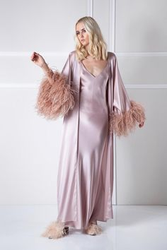 Pure silk flowy robe with rich feather cuffs This luxury gown is de. Fashion Line, Boho Fashion, Fashion Trends, Silk Robe Long, Australian Clothing, Satin Sleepwear, Nightwear, Italian Outfits, Clothing Size Chart