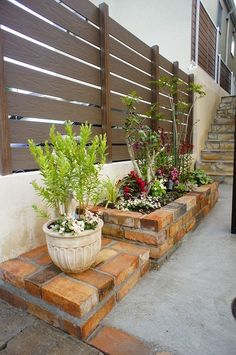 アンティークレンガの花台
