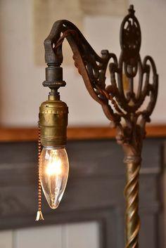 ○。英国アンティーク・アイアンフロアスタンドライト1灯/照明 - Yahoo!オークション