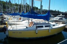 Google Image Result for http://www.boat-inventory.com/photo/155388_25-ft1975catalinaquot-lit-n-finn-quot-.jpg