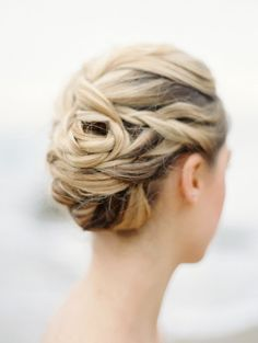 Twisted updo: http://www.stylemepretty.com/2015/04/30/romantic-seaside-wedding-inspiration-2/ | Photography: Charla Storey - http://www.charlastorey.com/