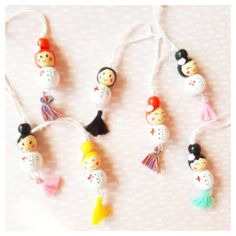 Wooden Bead Necklaces, Wooden Beads, Diy Arts And Crafts, Box, Babyshower, Hanger, Beaded Necklace, Drop Earrings, Dolls