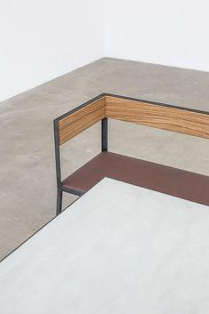 SIGURD-LARSEN_by_Georg-Roske-LowRes-018_furniture_copper_leather_oak_steel_danish design berlin