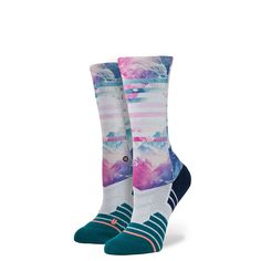 Fitness isn't just a look-it's a feeling. That's why we built Stance's Fit Crew sock with equal attention to art and science for a sock that performs without sacrificing bold style. We achieved this b