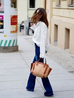 www.helloshopping.de, boho-bohemian-style-blogger-berlin-amaze-fashnatic-bloglovin-blogwalk-70ies-flare-jeans-lace-blouse-chloe-bag