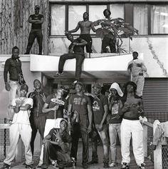 Yan Morvan : Gangs Story La Black Sans Pitié, BSP Mafia, Flipagram Instagram, Fille Gangsta, Hip Hop, Teen Witch, Boujee Aesthetic, Game Character Design, Street Culture, Youth Culture