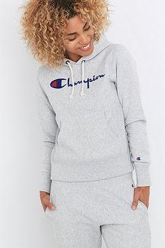 Champion - Sweat à capuche gris avec appliqué - Urban Outfitters