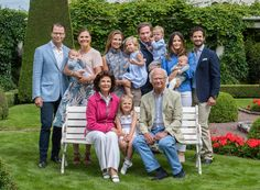 GALA öffnet das Fotoalbum von König Carl Gustaf, Königin Silvia, Kronprinzessin Victoria sowie den übrigen schwedischen Royals