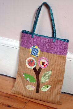 applique bag by juju loves polka dots, via Flickr