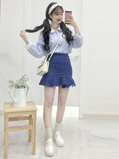 Korean Fashion – How to Dress up Korean Style – Designer Fashion Tips Korean Girl Fashion, Korean Fashion Trends, Ulzzang Fashion, Korea Fashion, Japanese Fashion, Fashion Moda, Cute Fashion, Fashion Looks, Fashion Outfits